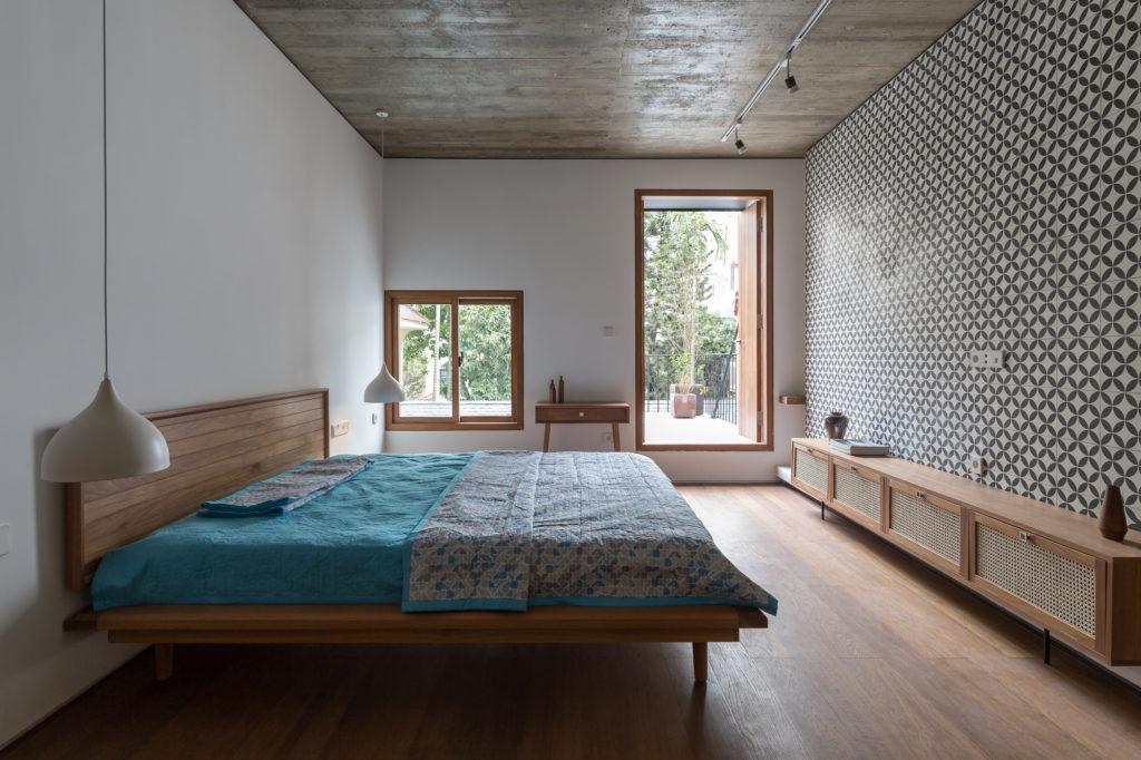 3_hopper_bedroom_2