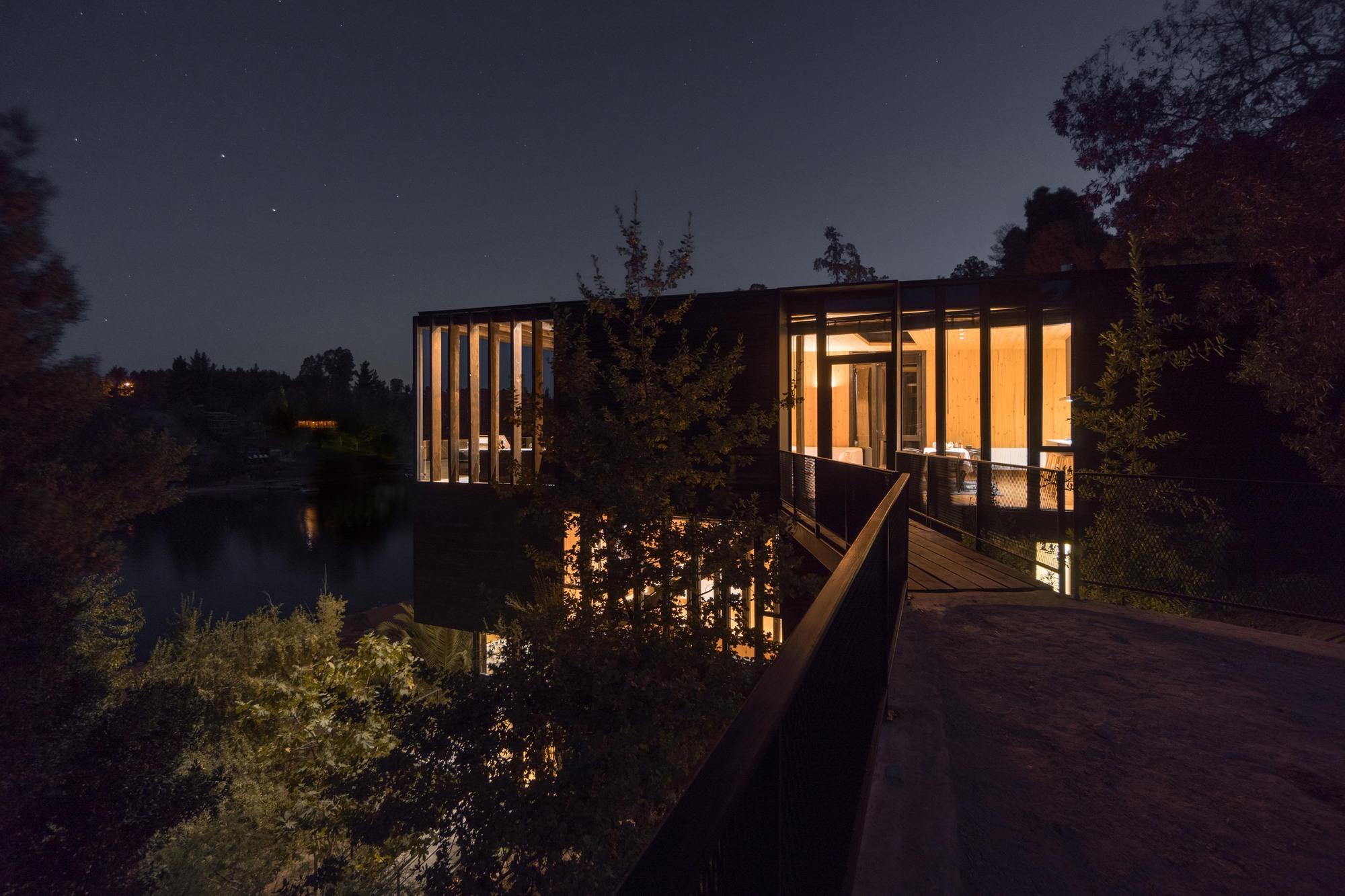 Hsu And Rudolphy Architects Designs A