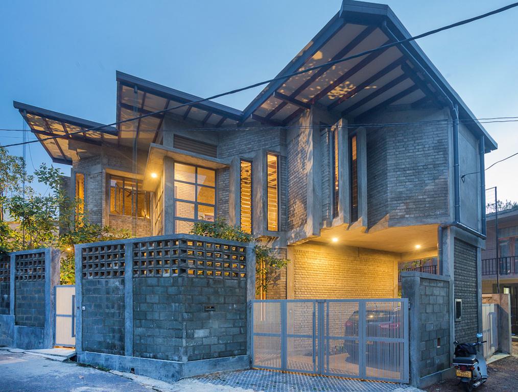 Chinthaka Wickramage Associates designs a house using raw
